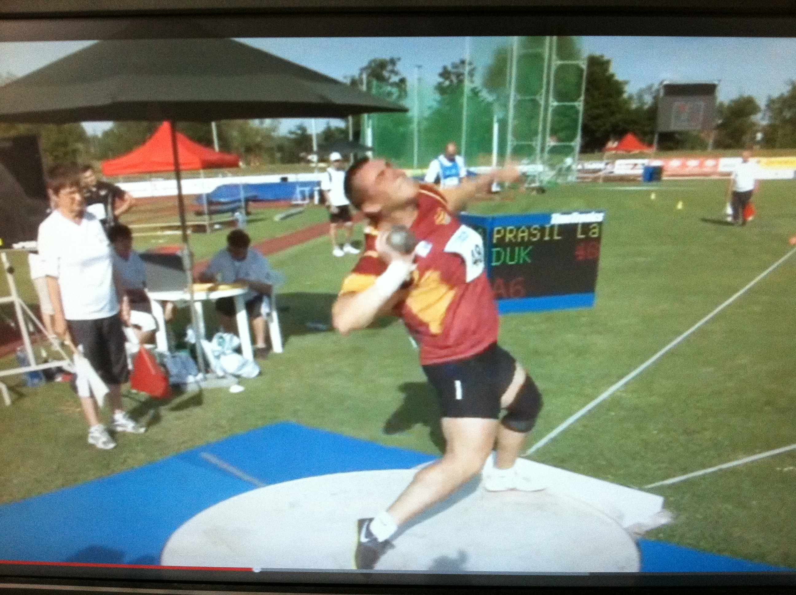 how to do the glide in shot put